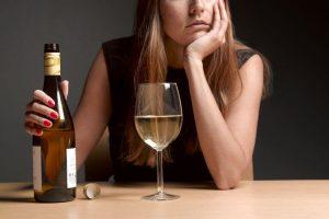 پرسشنامه انتظارات در مورد پیامد مصرف الکل (AOES)